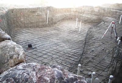 rebar tie in swimming pool construction